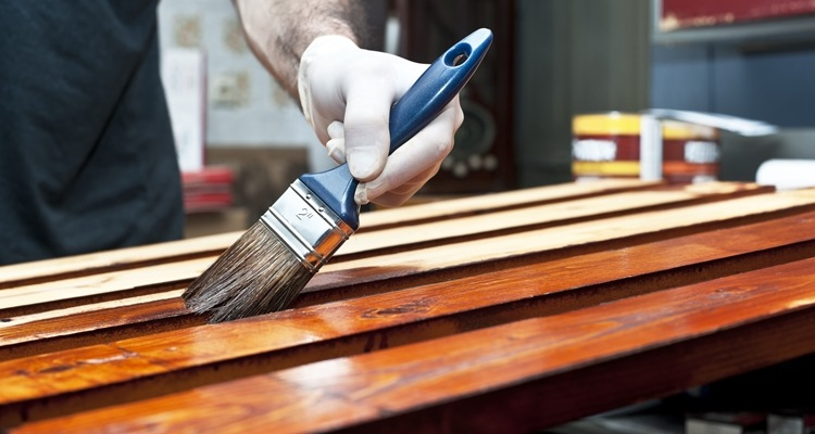 How to Apply Wood Finish Without Runs or Drips