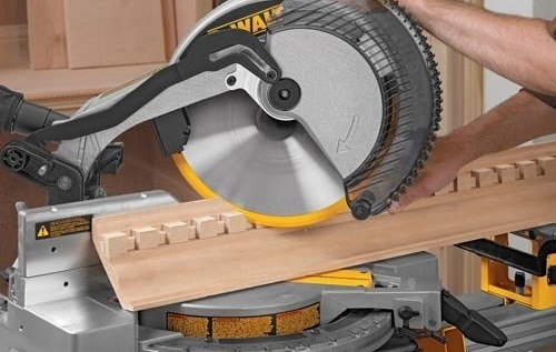 Best Compound Miter Saw 2017 Dewalt Dw715 Review